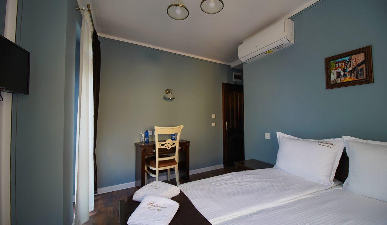 Двойна стая с балкон